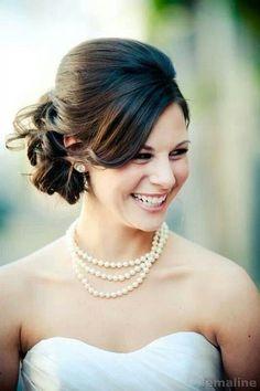 221 wedding hairstyle for medium hair (26)