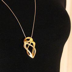 Poseidon pajzs medál Onur Mustak Cobanli 3D nyomatott aranyozott rozsdamentes acél