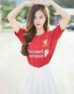 Football Girls, Girls Soccer, Football Outfits, Liverpool Girls, Liverpool Football Club, Liverpool Fc, Soccer Pictures, Pretty Asian Girl, Hijab Fashion