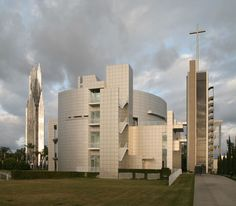 International Center for Possibility Thinking, Garden Grove CA (1998-2003) | Richard Meier | Photo © Robin Hill
