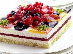 Watermelon and rose layer cake. Use a store-bought sponge cake as the base for this delightful Moroccan-inspired dessert. Almond Recipes, Tea Recipes, Sweet Recipes, Dessert Recipes, Dessert Ideas, Limoncello, Layer Cake Recipes, Layer Cakes, Dessert