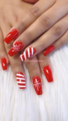 Christmas Shellac Nails, Cute Christmas Nails, Christmas Nail Designs, Holiday Nails, Simple Acrylic Nails, Square Acrylic Nails, Maroon Nails, Red Nails, Christnas Nails