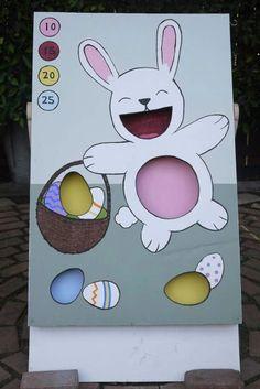Easter Bean Bag Toss (amped up a different Pinterest find)