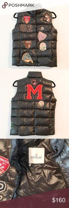 Moncler women's vest, size 3 (M) Super unique vest from Moncler, size 3 which is medium. Very good used condition. Moncler Jackets & Coats Vests