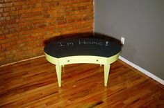 DIY Chalkboard Coffee Table!
