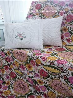 Pillows in English style and Indian bed cover. Designed by Urszula Koronczewska.