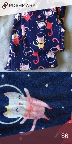 Gymboree pajamas size girls 7 Blue with outer space kitties. Only worn a couple times. Light stain on a few kitties(see pic). Gymboree Pajamas Pajama Sets