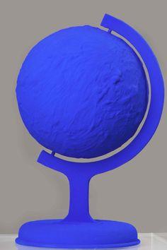Yves Klein, La terre bleu