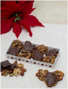 Co bude dobrého? Christmas Sweets, Place Cards, Place Card Holders, Chocolate, Cooking, Breakfast, Cake, Blog, Christmas Class Treats