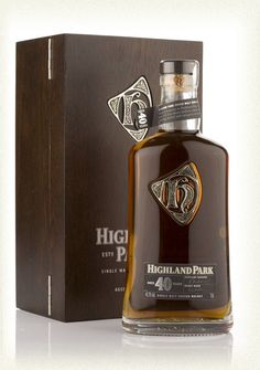 Highland Park 40 Year Old Single Malt Whisky Alcohol Bottles, Liquor Bottles, Cigars And Whiskey, Bourbon Whiskey, Scotch Whisky, Tequila, Barris, Single Malt Whisky, Wine And Beer