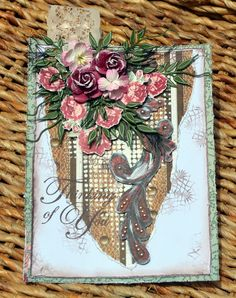 A tag using the gorgeous Love and Lace Collection