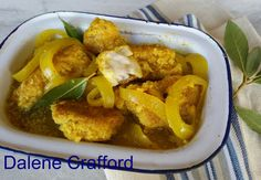 South African Pickled Fish Recipe, South African Recipes, Ethnic Recipes, Banting Recipes, Low Carb Recipes, Curry Recipes, Fish Recipes, Malay Food, Fish Curry