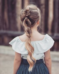 Bubble fishtail braid! I got over 1000 more likes on my last photo than I usually do! Thank you all for being active. Love ya's! P.S check out our video on our story to see how Charlie feels about you  ••••• #braid #kidsbraid #hair #ombre #blonde #fishtail #ootd #hotd #bestoftheday #love #instagood #braiding #kidsfashion #instagram #instacute #hair #cutekidsclub #fashionblogger #taylorjoelle