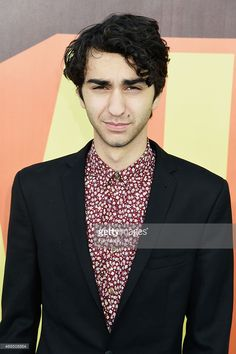 Actor/msuician Alex Wolff attends The 2015 MTV Movie Awards at Nokia Theatre L. Live on April 2015 in Los Angeles, California. Get premium, high resolution news photos at Getty Images Pleasure To Meet You, Mark Ronson, Mtv Movie Awards, Young Actors, Face Claims, Theatre, Singer, Actresses, Celebrities