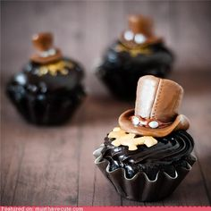 Steampunk Cupcakes With Modeled Tootsie Rolls- are you KIDDING ME?!?