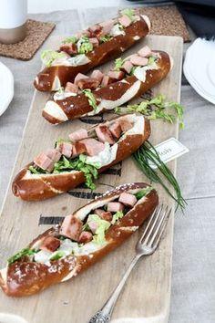 Oktoberfest, Leberkäse-Hotdogs, Partyfood, Fingerfood,