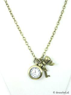 Bronskleurige halsketting met horloge en bedels