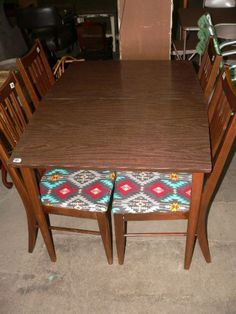 Kansas City Estate And Cosignment Auction Starts On Dining Room Table Chairs