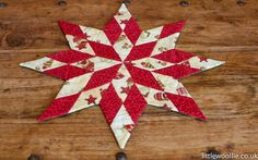 #quilting #patchwork http://www.littlewoollie.co.uk/blogs/news/10251105-christmas-patchwork-workshop-14th-december