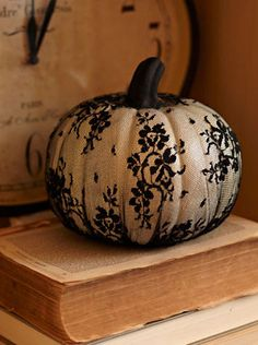 lace punkin! used in a Fall black and white wedding