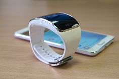Here Are The Phones Compatible With Samsung Gear S2 - http://www.morningnewsusa.com/here-are-the-phones-compatible-with-samsung-gear-s2-2335238.html