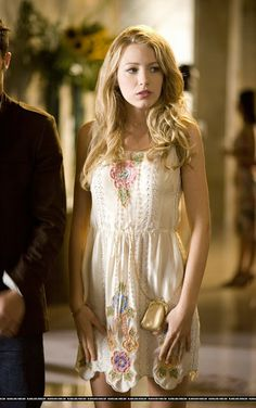 ALL of Serena van der Woodsen's outfits FROM ALL SEASONS OF GOSSIP GIRL and where to buy them!!!!