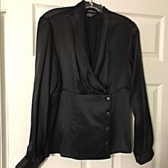 Stunning 100% silk wrap drape front blouse- L Gorgeous fit with a drape front and buttoned lower portion- so sophisticated and flattering! Sara L Tops Blouses