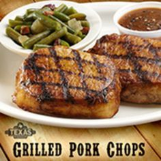 2 grilled pork shops, a delicious salad, and a baked potato!! #MomLovesRoadhouse