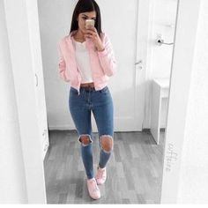 outfit-urbano-con-rosa