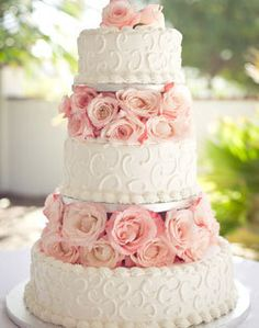 Gorgeous cake pink and white roses flowers rose swirl