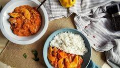 Tort Pavlova cu mascarpone şi fructe de pădure Pavlova, Chana Masala, Curry, Ethnic Recipes, Pork, Mascarpone, Curries