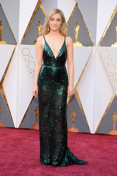 The Best Red Carpet Moments From Calvin Klein Collection: Saoirse Ronan, Academy Awards 2016 Oscar Dresses, Prom Dresses 2017, Formal Dresses, Oscar Gowns, Sparkly Dresses, Formal Wear, Green Sequin Dress, Green Dress, Celebrity Dresses