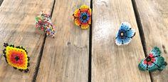 Anillos de chaquira Mazapán estilo huichol  Mazapán. Una selección única de accesorios de moda hecha por diferentes comunidades locales en México mostrando el sabor original y exclusivo de la cultura mexicana.  Sto Cielo. Artículos de Diseñadores y Artesanos, independientes 100% mexicanos. Diseños de prendas y artículos únicos hechos a mano, dignos de reconocimiento mundial.