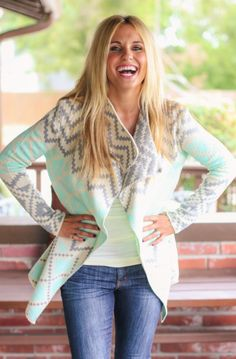 Absolutely love this mint cardigan