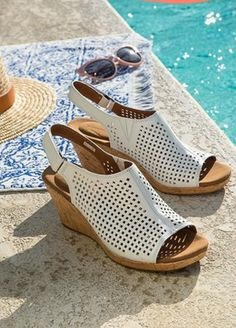 2e2e020e290c65 28 Pairs Of Cute Sandals For Wide Feet. Comfortable WedgesWide FeetShort  HeelsCute SandalsDesigner ...