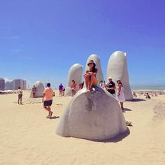 On instagram by jcaro_lina #landscape #contratahotel (o) http://ift.tt/1OERu3M #puntadeleste #playadelamano #place #uruguay #lugaresconencanto #paisajes #lindos  #hombresbellos