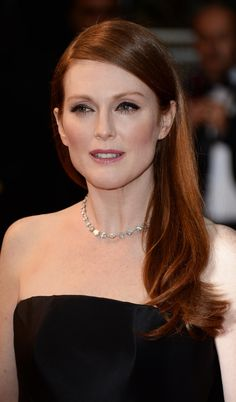 Julianna Moore makes her first red carpet appearance at Cannes for L'Oréal Paris!