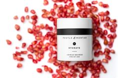 This Moisturizer uses natural moisturizing ingredients like jojoba to instantly soften skin, then throws in patented peptides, antioxidants (including green tea, pomegranate and vitamin E) and collagen boosters on top of that to deliver powerful free radi Anti Aging Moisturizer, Anti Aging Skin Care, Beauty Secrets, Beauty Hacks, Beauty Blogs, Beauty Tips, Anti Aging Supplements, Skin Firming, Moisturiser