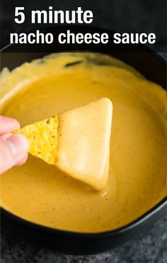 The easiest (and gluten free) 5 minute nacho cheese sauce! Literally all you need is a few minutes to make this to die for cheese sauce! Perfect served over nachos, as a dip, on burrito bowls, and more! Velveeta Cheese Sauce, Homemade Nacho Cheese Sauce, How To Make Cheese Sauce, Homemade Nachos, Cheese Dip Recipes, Sauce Recipes, Nacho Sauce Recipe, Gluten Free Queso Dip Recipe, Home Made Nacho Cheese