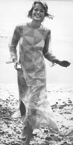 Ingrid Boulting in a long graphic tunic, photographed by Norman Parkinson for British Vogue, July 1970.