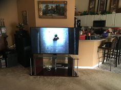 We set up this Samsung TV to one component that the customer had