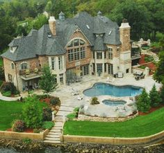 Cribb Estate at the Lake of the Ozarks