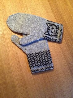 Ravelry: Annika's Mittens with kittens Kitten Mittens, Knit Mittens, Ravelry, Knitting Patterns, Kittens, Gloves, Projects, Image, Color