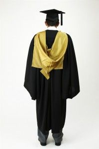 Don't know how to wear your academic hood properly? Gradshop's got the tips for you!