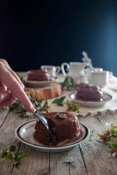 La asaltante de dulces: Receta de falsos flanes de chocolate, galleta y caramelo/ No bake chocolate, cookies & caramel little cakes. Yummy!