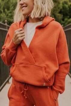 Sporty Outfits, Mode Outfits, Trendy Outfits, Fashion Outfits, Athleisure Outfits, Athletic Outfits, Moda Zara, Sport Style, Active Wear For Women