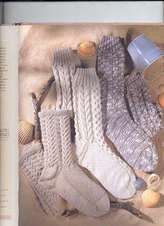 Pletené béžové ponožky s copánky+návod