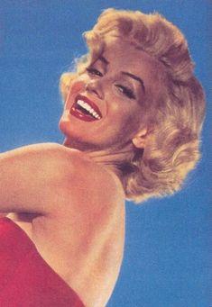 portraits studio : Tous les messages sur portraits studio - Page 10 - Divine Marilyn Monroe