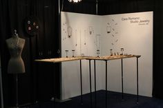 Craft Boston display. Perfectly simple.