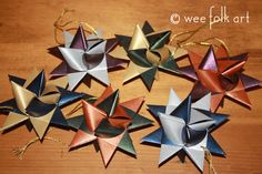 EDIT 12-13-2015 :: I just learned these are also part of Danish culture, where they are called julestjerne (Christmas star). Thanks for that info, Yvette. German Stars, also called, Moravian Stars, have long fascinated me. I had planned to make some a while back with my SIL Jennifer, but whenour star making morning fell through, …
